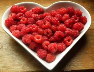 c pixabay.com raspberries-215858_1280