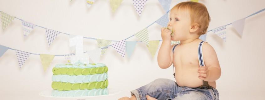 Cake-Smash-Photo-Kiss-Newborn-Portrait-Fotografie-Torten-Cupcakes-Mannbackt-Matthias-Tanja-Kiss-11
