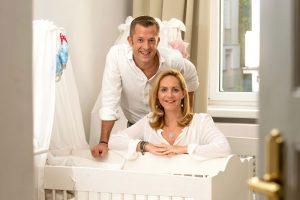 Wie lernt ein Baby durchschlafen? Das vermittelt der Online-Kurs des Ehepaars Schütze.