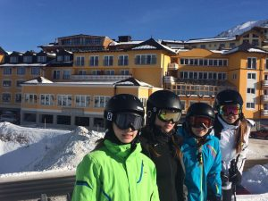 Direkt vom Familien-Hotel Steiner hinein ins Schi-Vergnügen
