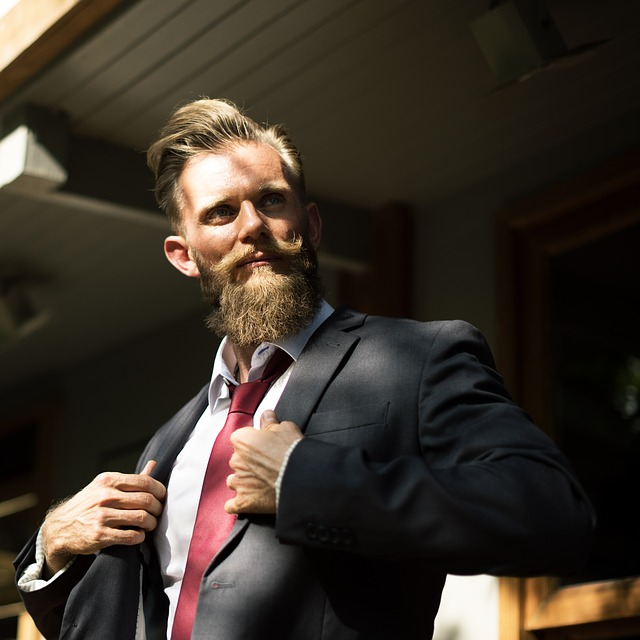 beard-2345810_640