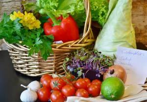 Viel Obst und Gemüse in den Speiseplan einbauen!