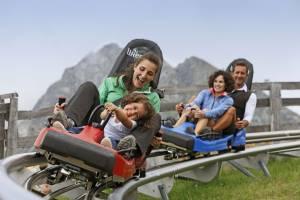 Rodel-Spaß: Meran 2000, Alpinbob
