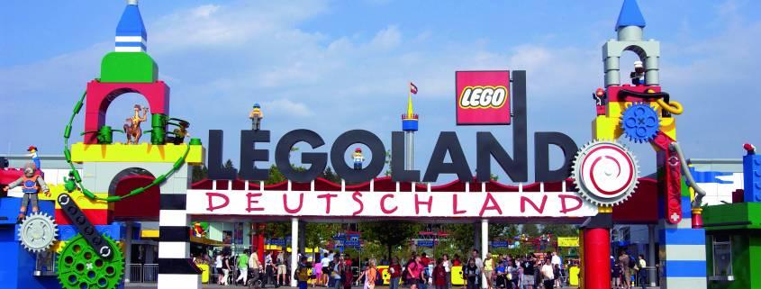 Parkeingang LEGOLAND Deutschland