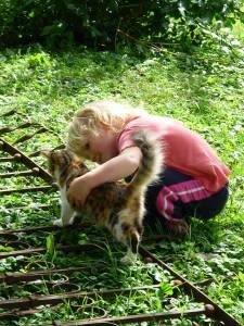 Kinder und Tiere: eine gut Kombination