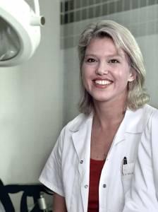 Hautärztin Dr. Holle-Robasch