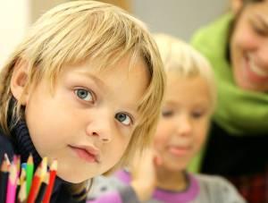 Kinder sind heute hohem Leistungsdenken ausgesetzt.