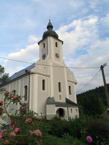 Die Kirche in Hermannstadt ist dem Hl. Andreas geweiht.