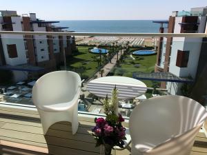 Terrasse mit Ausblick und luxuriöser Gestaltung