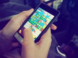 Kurzsichtigkeit bei Kindern durch Smartphone & Co.