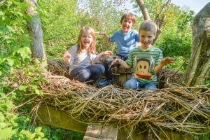 Ein Spielplatz für Kids mitten in der Stadt: Robinson-Spielplatz der Wiener Kinderfreunde