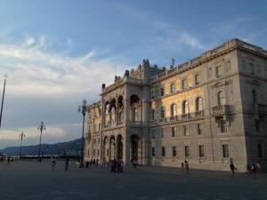 Tradition trifft Moderne: die italienische Hafenstadt Triest